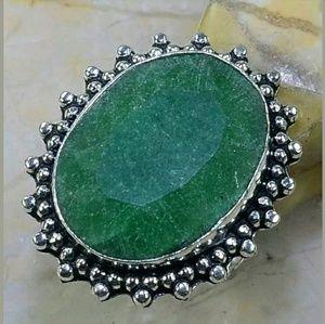 Emerald Handmade .925 Ring